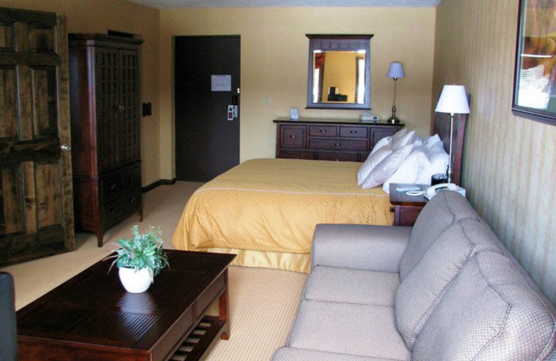 Guest suite at Water's Edge Inn & Conference Center.