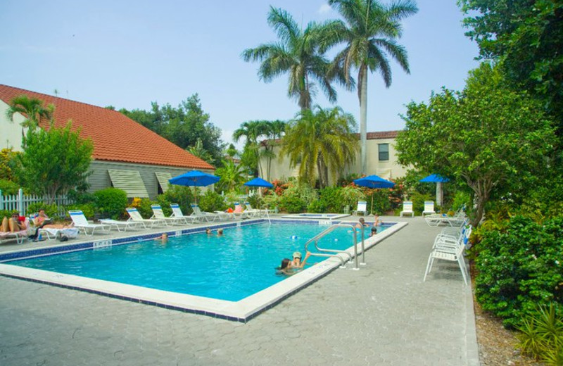 Outdoor pool at Sanibel Moorings Condominiums.