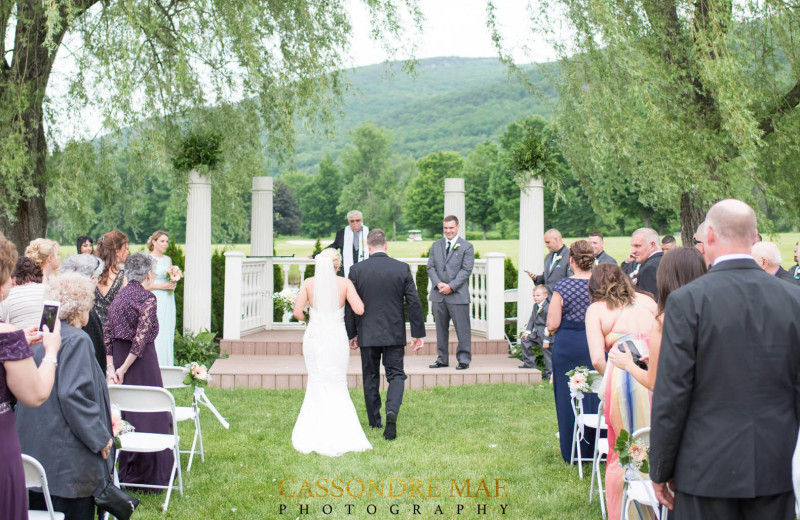 Weddings at Zion Honor's Haven Retreat & Conference.