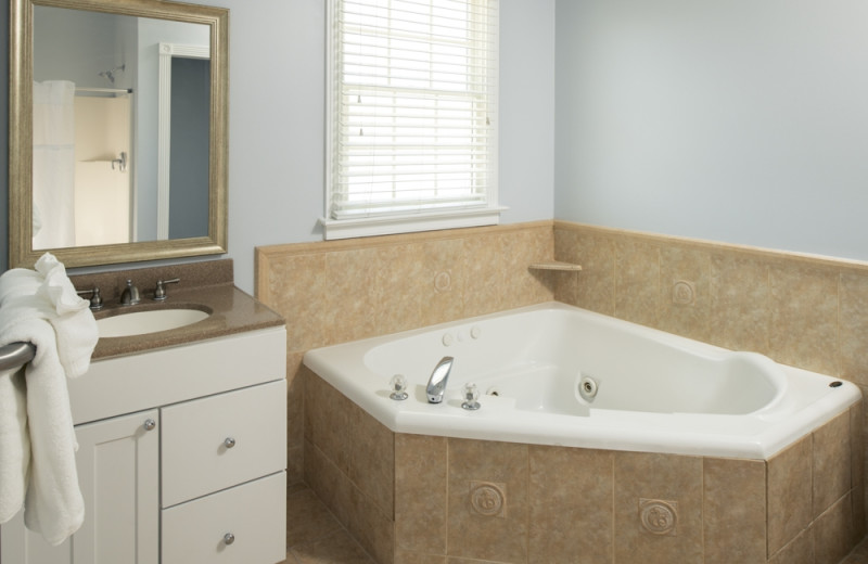 Rental bathroom at Jersey Cape Realty