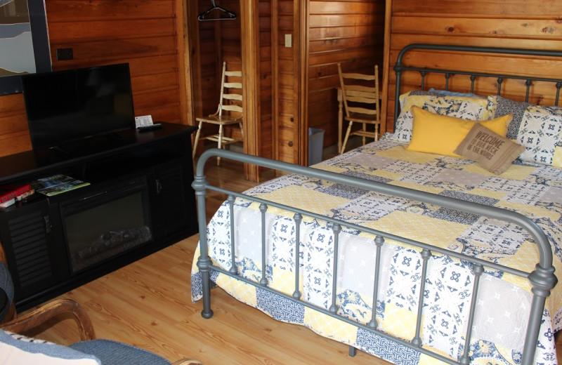 Cabin bedroom at Tsasdi Resort.
