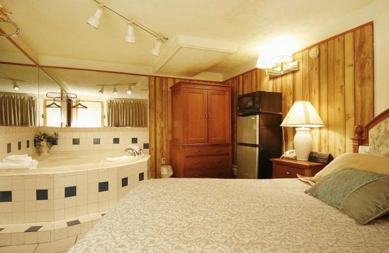 Guest room at Normandie Motor Inn.