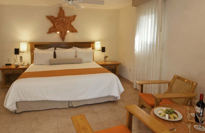 Guest room at The Reef Playacar-All Inclusive.