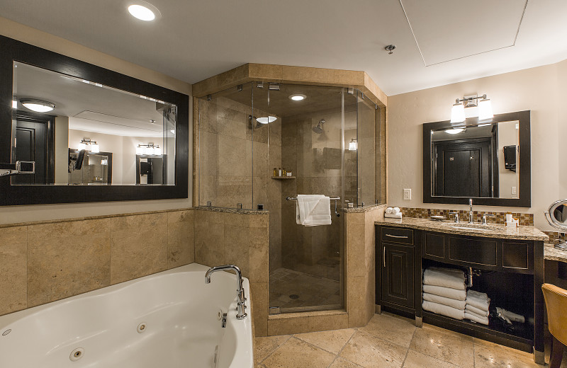 Rental bathroom at Padzu Vacation Homes - Park City