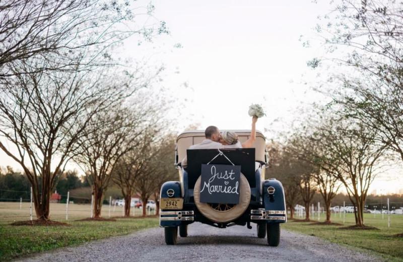 Wedding couple at Buckhead Ranch.