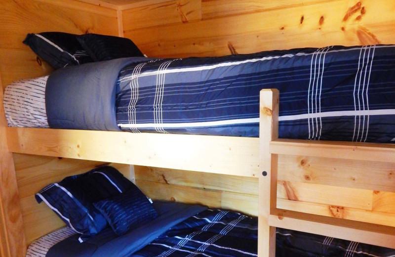 Cabin bunk beds at Yogi Bear's Jellystone Park Gardiner.