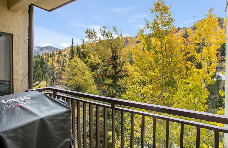 Guest balcony at Antlers at Vail.
