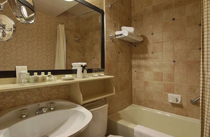 Guest bathroom at Fairmont Le Chateau Montebello.