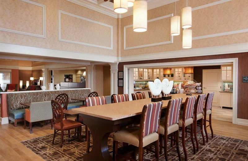 Dining at Hampton Inn & Suites Outer Banks/Corolla.