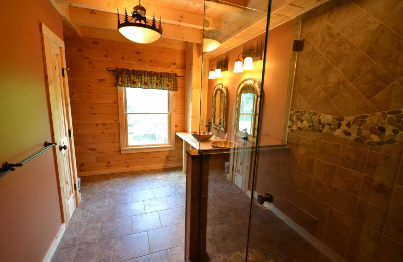 Rental bathroom at Franconia Notch Vacations Rental & Realty.