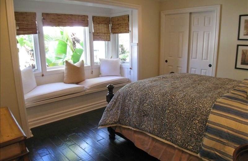 Vacation rental bedroom at Casa De Balboa Beachfront Rentals.