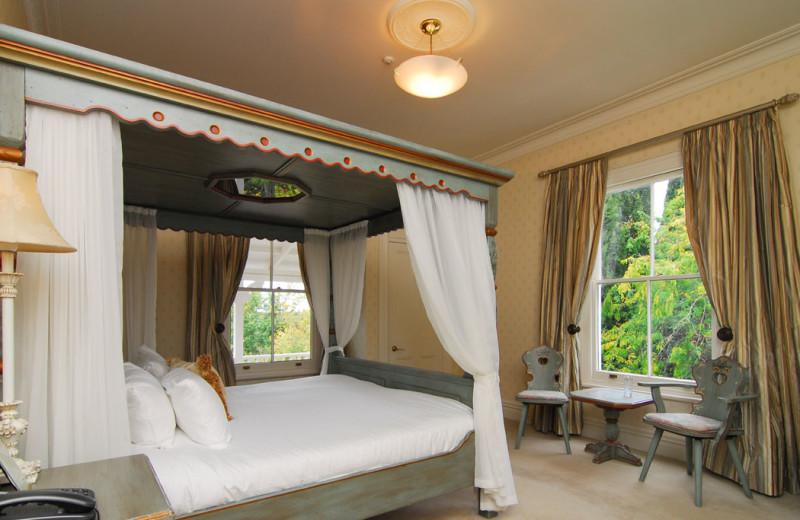 Guest room at Mangapapa Lodge.