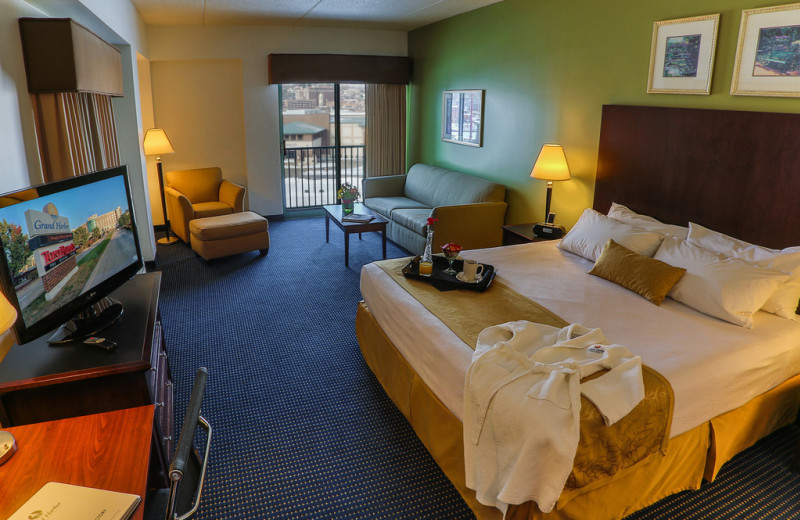 Guest room at Grand Harbor Resort and Waterpark.