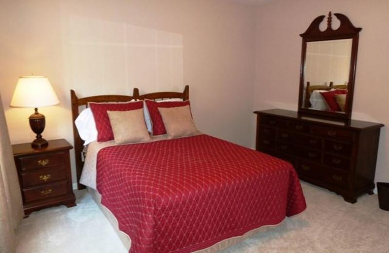 Cabin bedroom at Allstar Lodging.