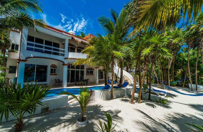 Outdoor pool at Casa Playa del Caribe.