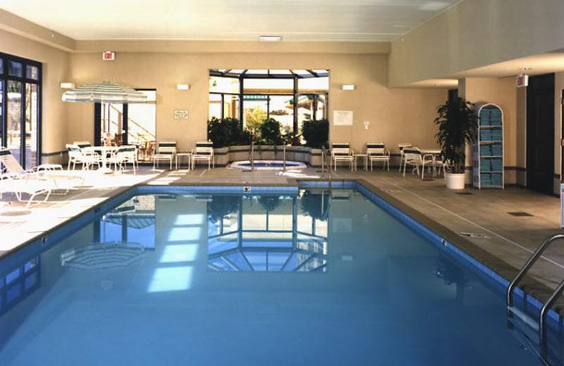 Indoor pool at Courtyard Minneapolis Bloomington.