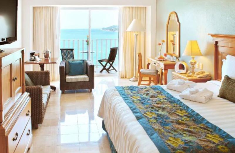 Guest room at Hotel Continental Emporio Acapulco.