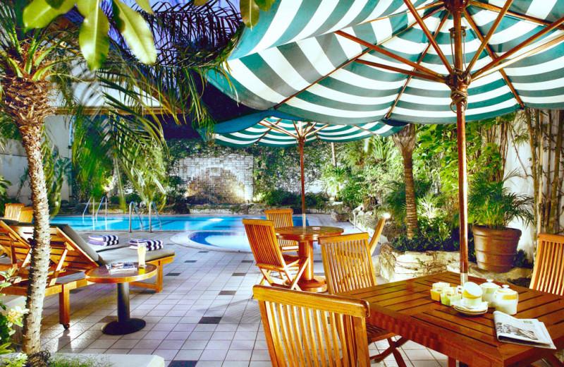 Outdoor pool at Ibis Tamarin Hotel.