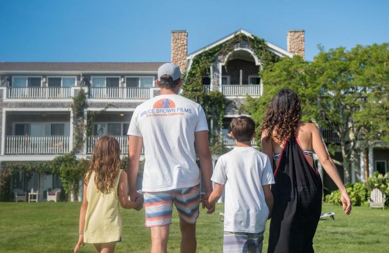 Family at Winnetu Oceanside Resort.