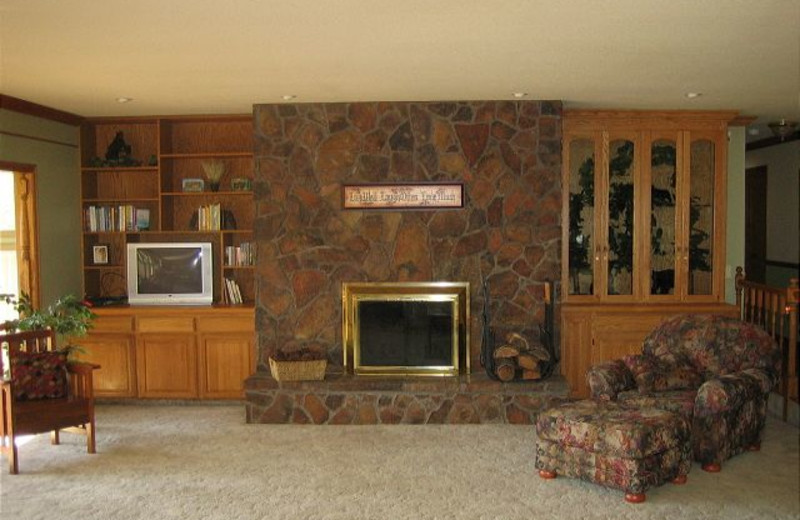 Cabin fireplace at Idaho Cabin Keepers.