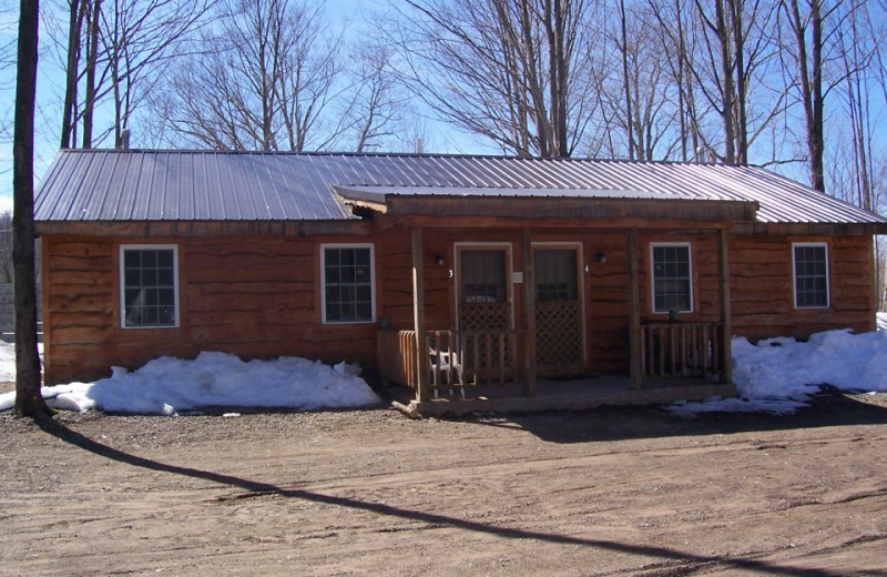 Guest Cabin at Fox Hollow Lodge