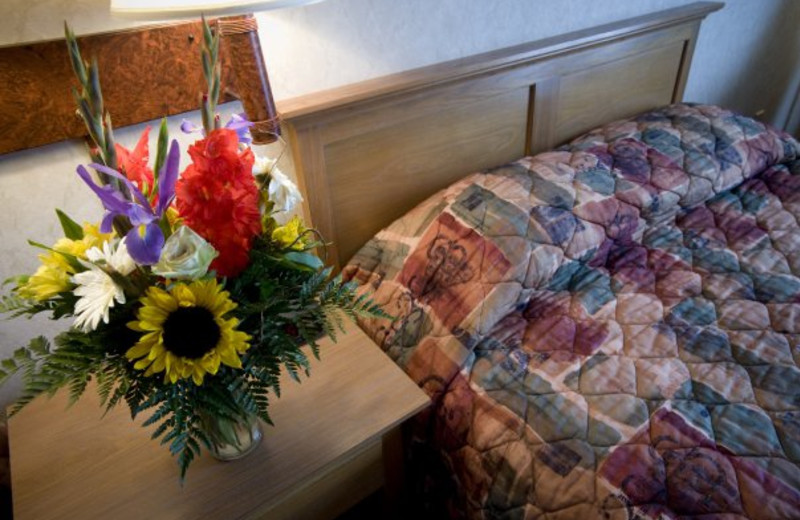 Suite guest room at ParkShore Resort.
