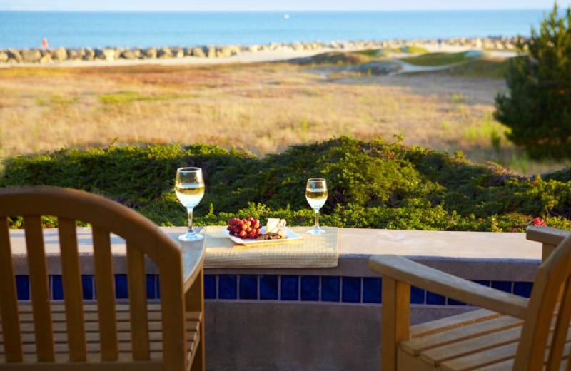 Balcony dining at Beach House Half Moon Bay.