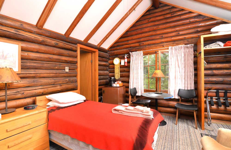 Cabin accommodations at Manotak Lodge