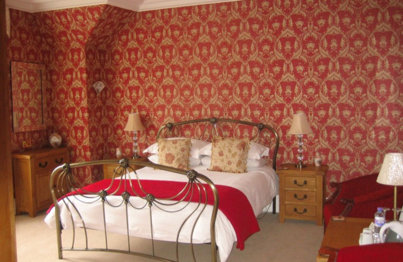 Guest room at Arden House.