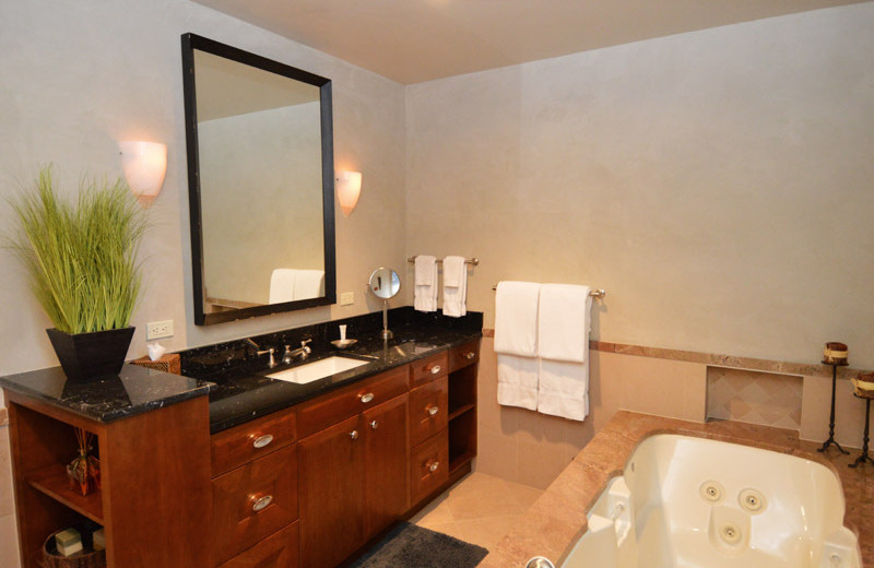Rental bathroom at Frias Properties of Aspen.