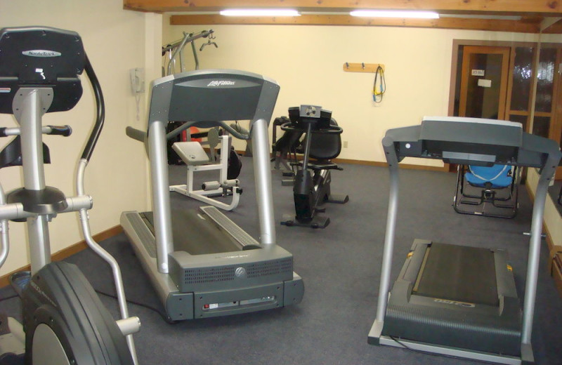 Fitness room at The Beacons of Minocqua.
