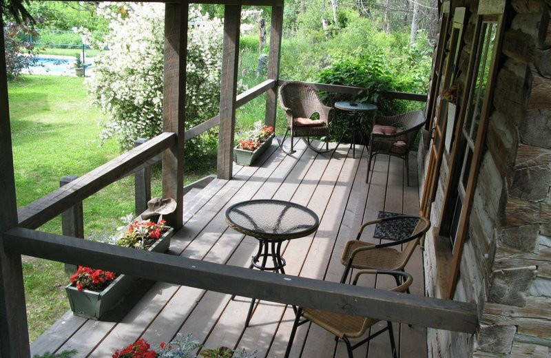 Cabin deck at Windermere Creek Bed & Breakfast Cabins.