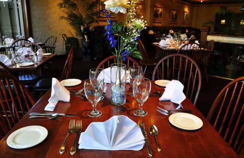 Dining room at Sawmill Creek Resort.