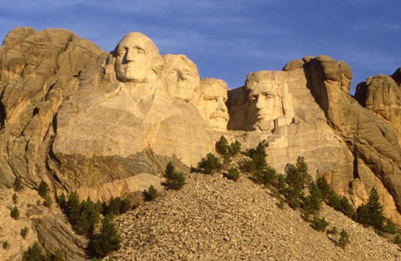 Mount Rushmore near Rushmore Express Inn & Family Suites.