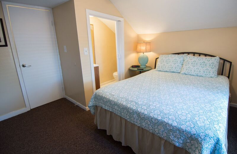 Guest bedroom at Anna Maria Island Inn.