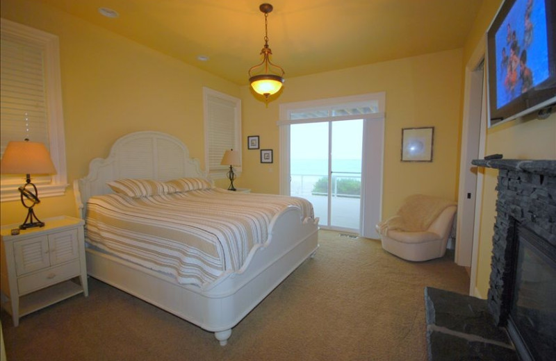 Guest room at Admiral's Beach Retreat.