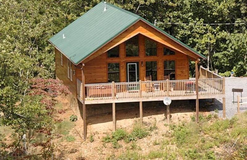 Exterior of Vacation Rental at Volunteer Cabin Rentals