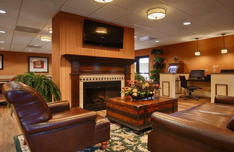 Lobby Area at Best Western Plus Savannah Historic District