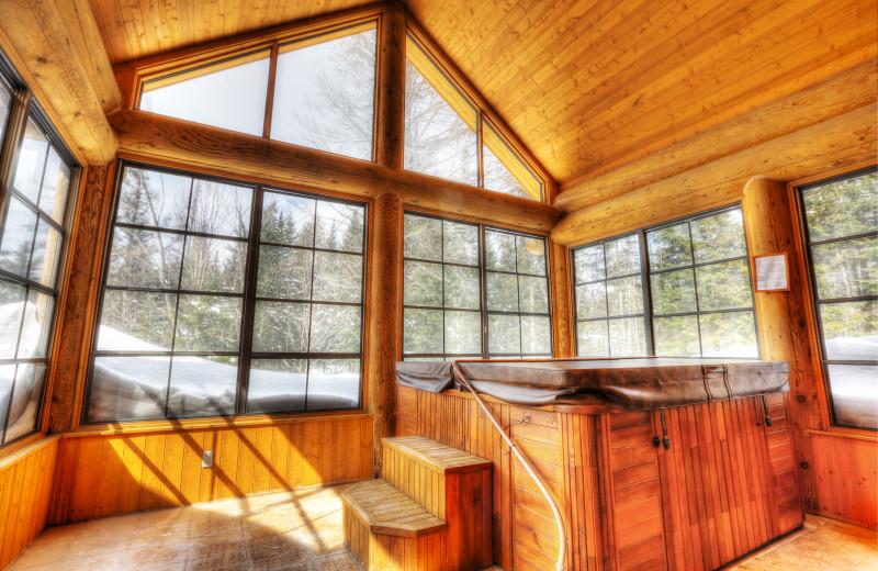Chalet hot tub at Fiddler Lake Resort.