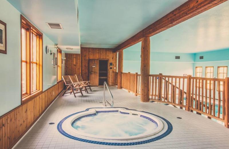 Hot tub at Glacier House Resort.
