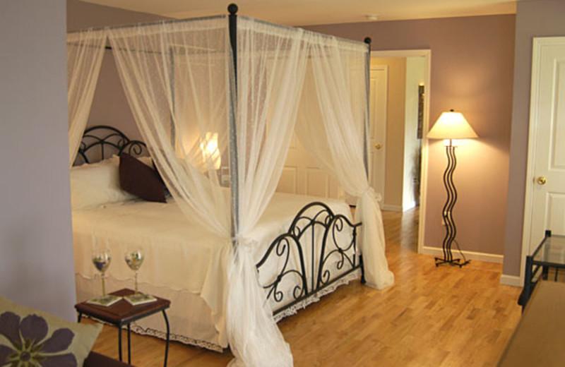 Starry Night guest room at Moondance Ridge Bed & Breakfast.