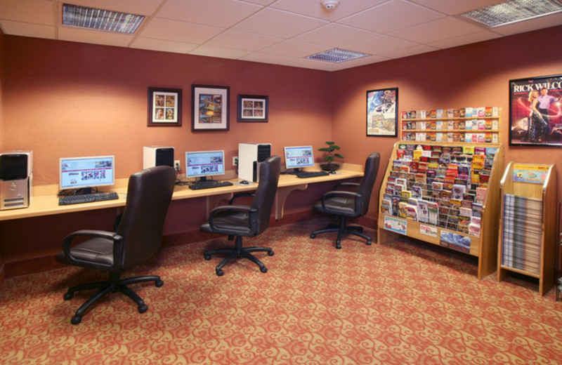 Business Center at Ramada Wisconsin Dells