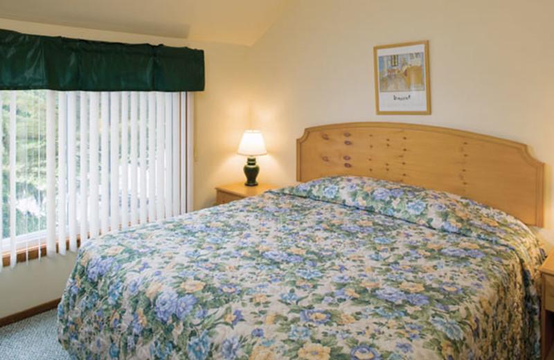 King bed at Wyndham Vacation Resorts Shawnee Village.