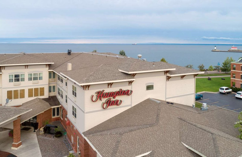Exterior view of Hampton Inn Duluth Canal Park.
