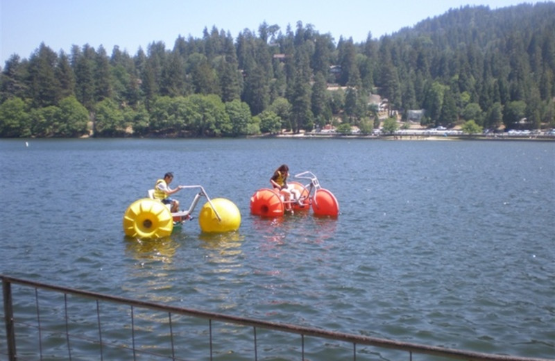 Fun on the water at Sleepy Hollow Cabins & Hotel