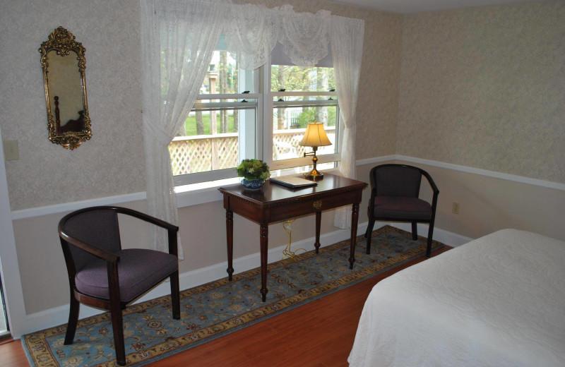 Guest room at Cedar Crest Inn.