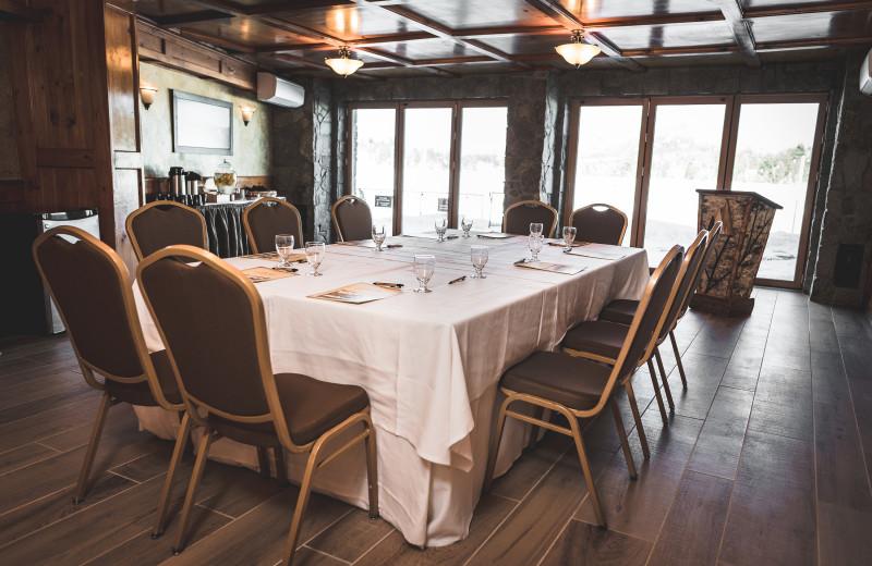 Meetings at Golden Arrow Lakeside Resort.