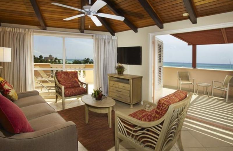 Guest room at Playa Linda Beach Resort.