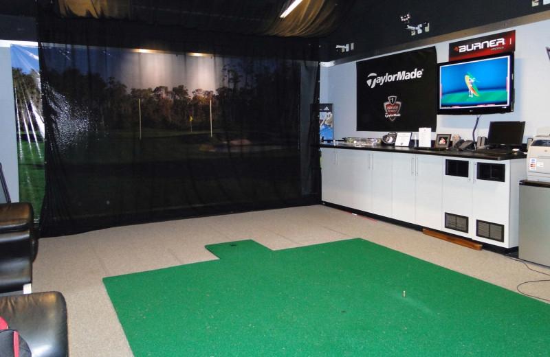 Virtual golf at Villas of Grand Cypress.