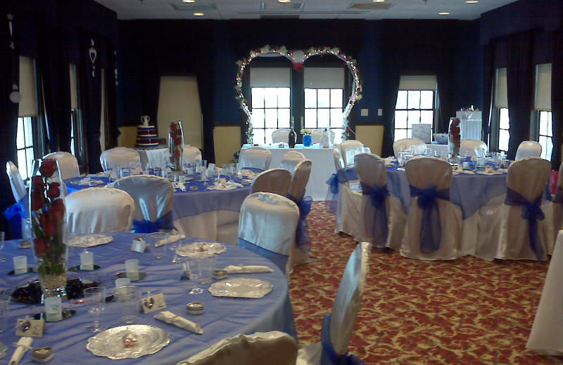 Wedding reception at The Lighthouse Inn at Aransas Bay.